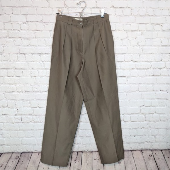 d9109e77 Vintage Giorgio Armani High Waisted Wool Pants